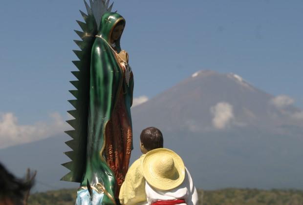XIII. El Coyote.- Contigo al Norte Guadalupe