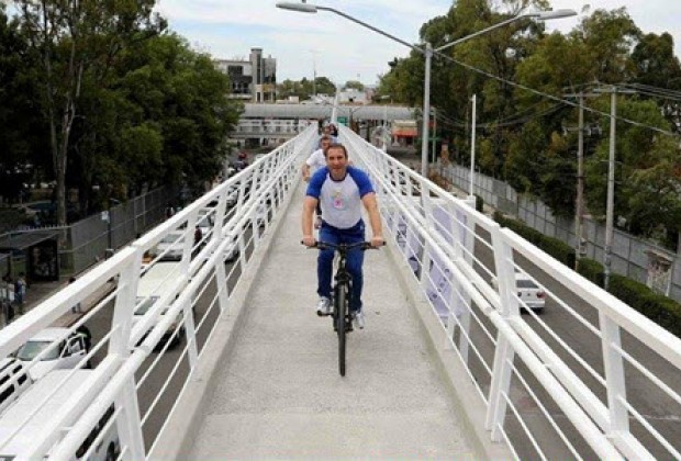 El modelo mental de los políticos que no escuchan a los expertos en bicicletas