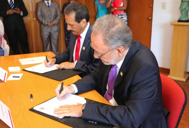 Para la buena historia de Puebla: la BUAP y la Ibero se echan la mano