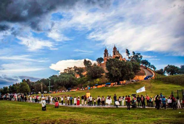Intelectuales de América Latina a Peña Nieto: respeten la ley en Cholula