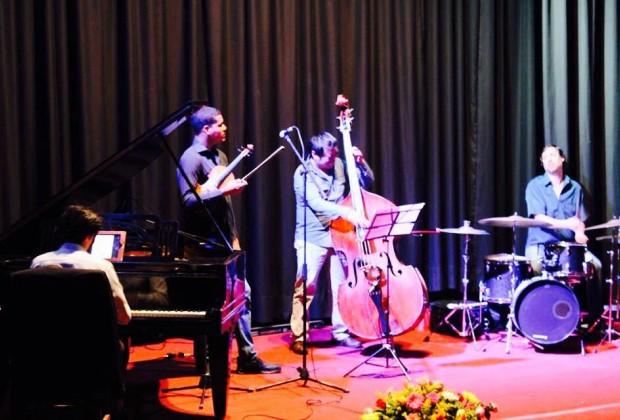 In L@k' Ech Jazz Proyect: la música la hacemos todos. Jueves 12 de Noviembre en La Casa del Mendrugo