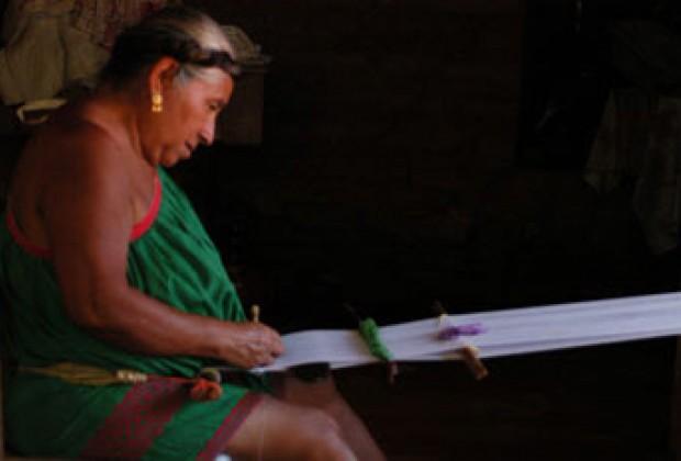 Para entender a los maestros del sur de México: Vivir en Huehuetónoc