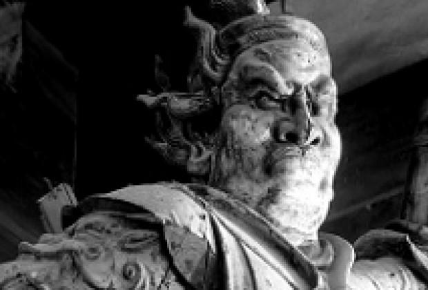 La reseña de Profética: Astráguenlos