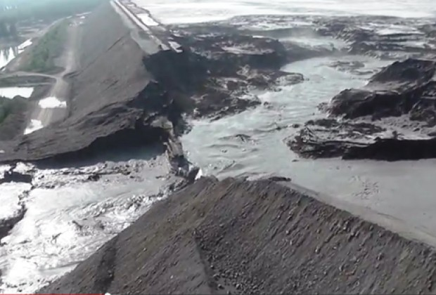 Catástrofe ambiental provocada por una explotación minera en Canadá