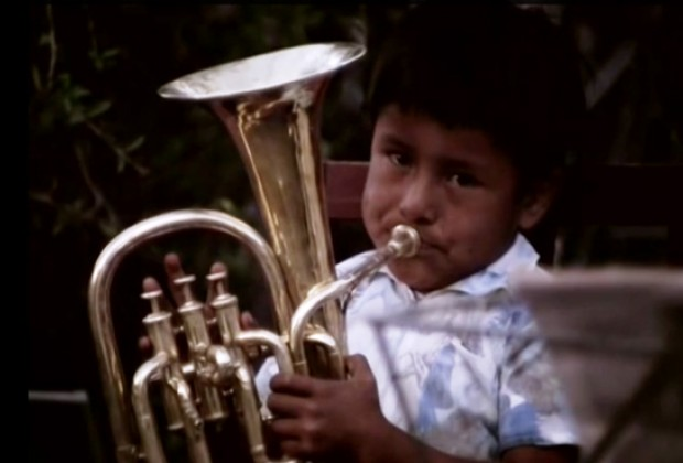 Poetas campesinos. Por los niños músicos revive México