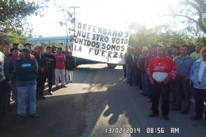 El Frente Común en Acateno toma la alcaldía y cierra los accesos al pueblo
