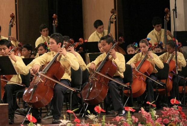 Orquesta Esperanza Chiapas: en el chelo se transmite la vida