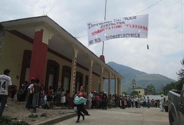 Riesgo de violencia por la hidroeléctrica en el río Ajajalpan